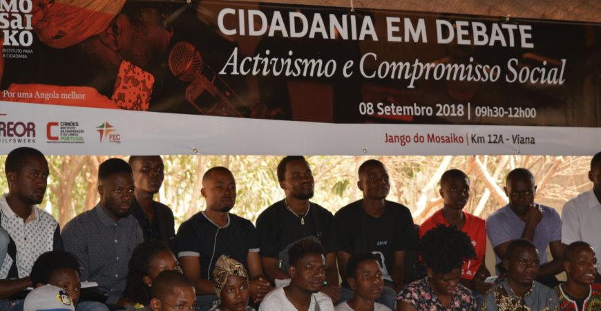 """""""Devemos sentir a urgência de sermos livres"""" – Luaty Beirão"""