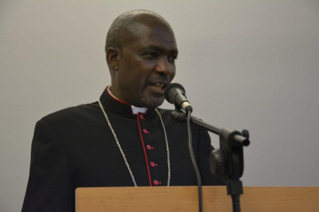Dom Gabriel Mbilingui Arcebispo de Lubango