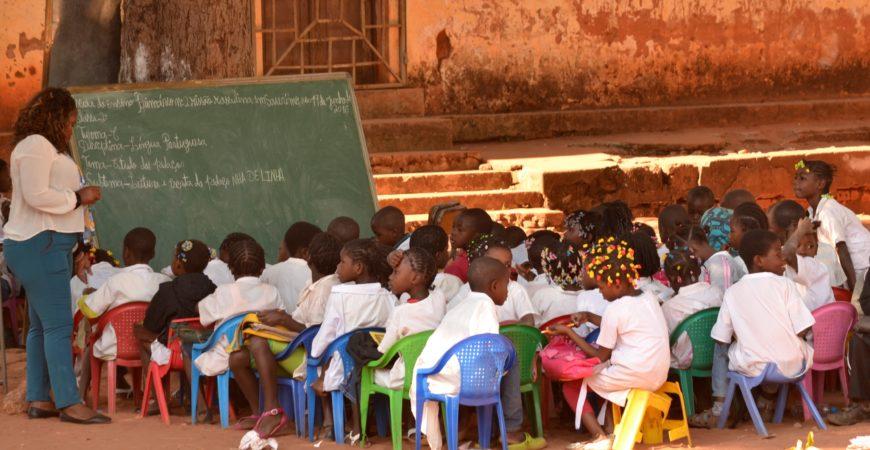 Educação em Angola